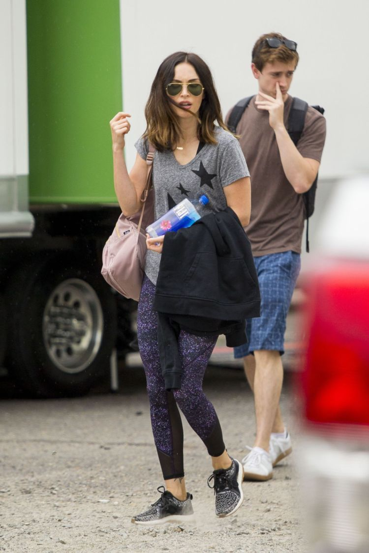 Megan Fox Shooting For 'Think Like A Dog' Movie In New Orleans