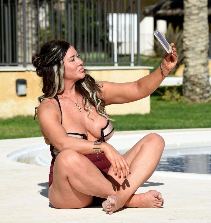 Jane seymore nude pics sushmita sen XXX porn pic